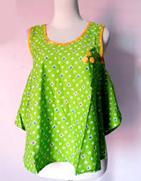 BATIK SOLO GLOW MINI TOPS 01